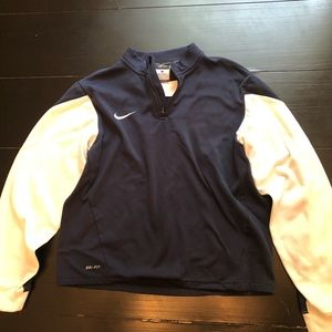 Nike Boys Pullover Size Large